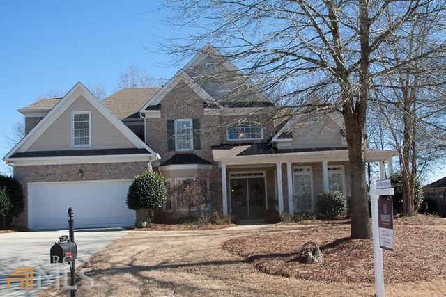 120 Holly Springs Dr, Peachtree City, GA