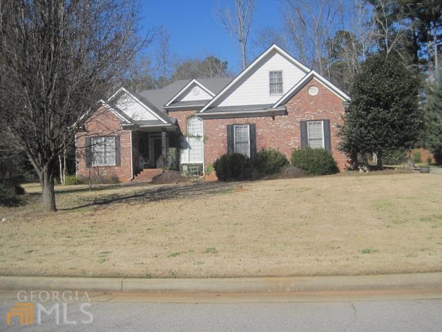 8210 Knollbrook Ln, Mcdonough, GA