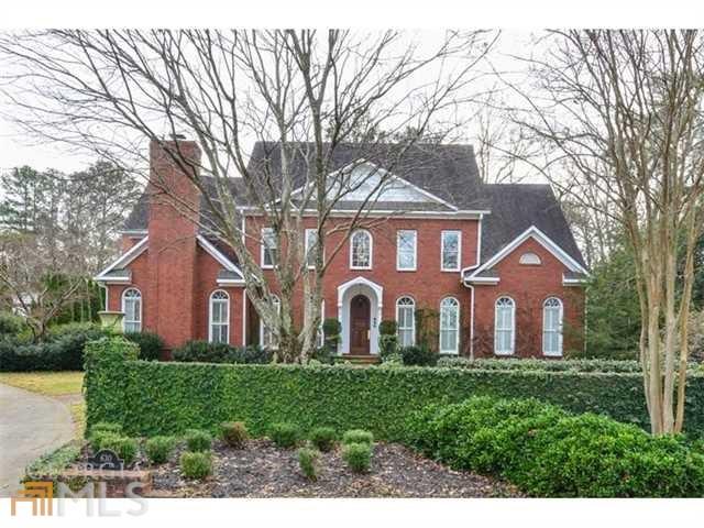 630 Pinetree Dr, Decatur, GA