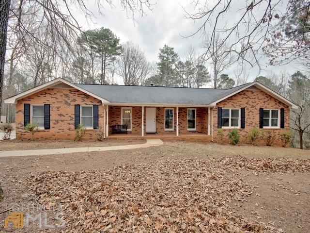 165 Merrydale Dr, Fayetteville, GA