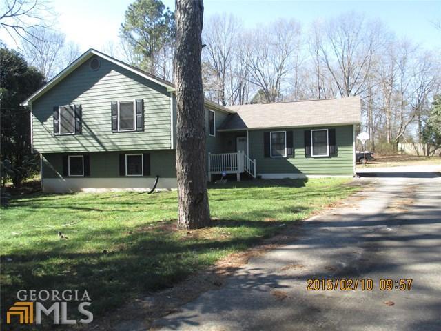 155 Woodstream, Fayetteville GA 30215