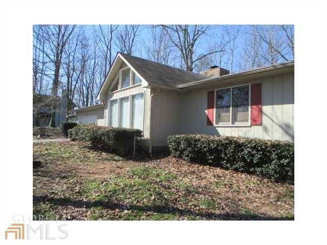 240 Amberridge Dr, Cartersville GA 30121