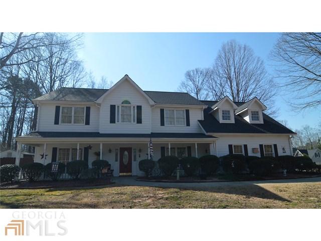 521 Pinegate Rd, Peachtree City, GA