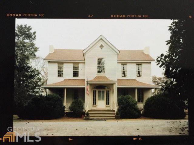 139 Cedar Ln, Covington, GA