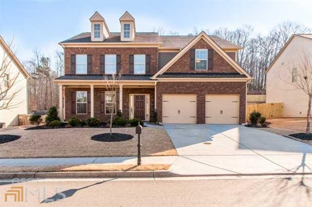 137 Manor Ln, Woodstock, GA