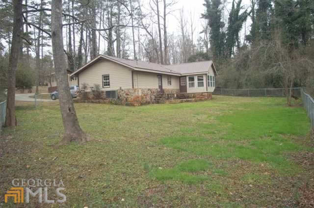 263 Ridgewood Dr, Pendergrass GA 30567