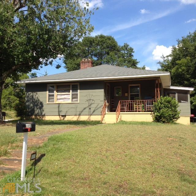 221 S Hill St, Toccoa, GA