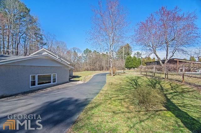 943 Kennesaw Due West Rd, Kennesaw, GA