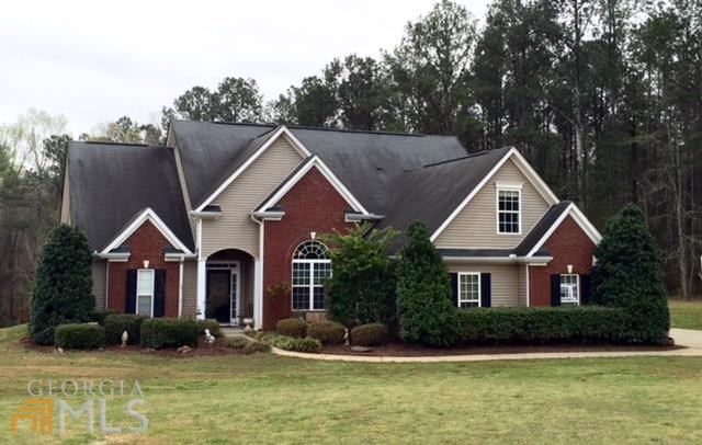 104 Meadows Ln, Senoia, GA