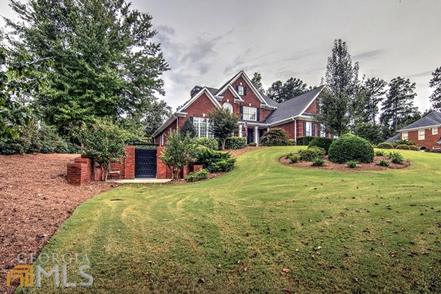 1861 Lancaster Dr, Conyers, GA