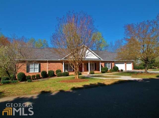 2113 Ryans Pl, Gainesville, GA