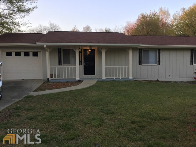 1945 Leigh Dr, Conyers, GA