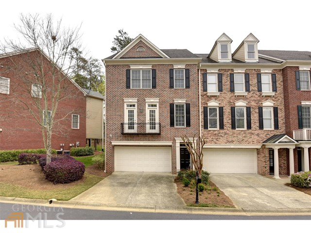530 Vinings Estates Dr, Mableton, GA