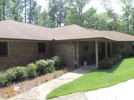 175 Creek Ridge Dr #16, Lagrange, GA 30240