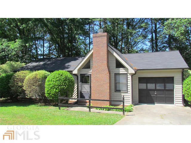 414 Willow Ct, Conyers, GA