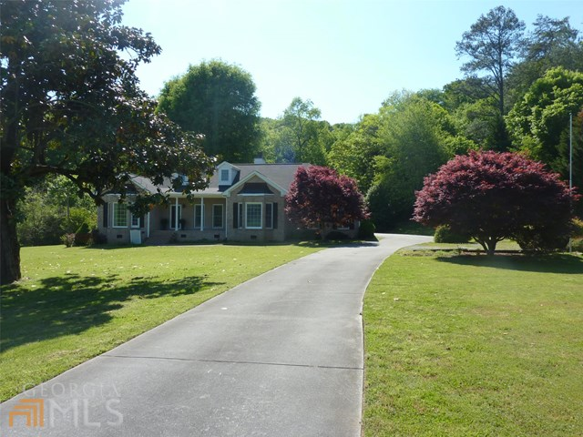 109 Mill St, Cave Spring, GA