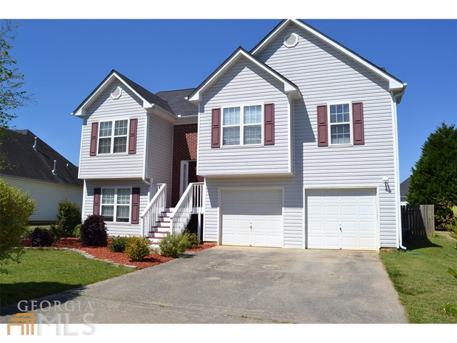 4531 Beaverton Cir, Loganville, GA