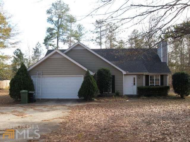 1640 Carriage Hills Dr, Griffin GA 30224