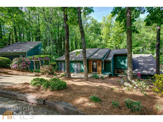 5583 Hidden Harbor Trl, Gainesville, GA