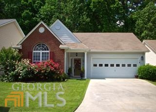 107 Willow Creek Dr, Peachtree City, GA