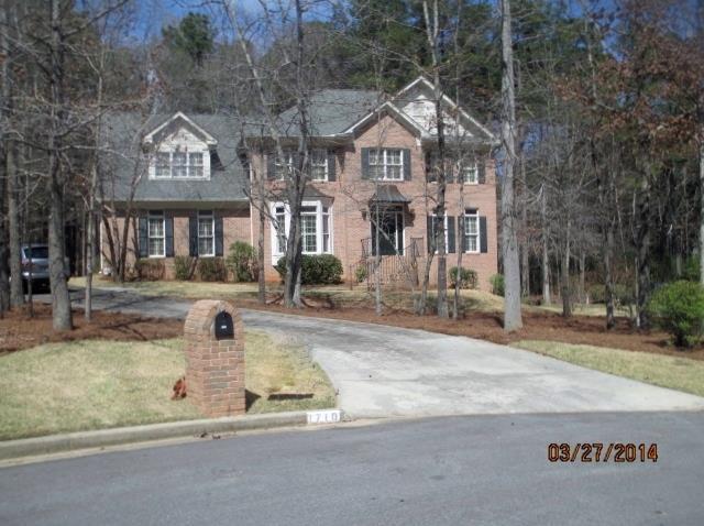 1710 Winding Creek Cir, Snellville, GA 30078