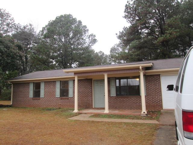 211 Mcintosh Trl, Griffin, GA 30223