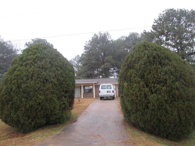 211 Mcintosh Trail, Griffin, GA 30223