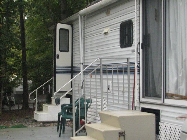 136 Park Vista Dr #APT 129, Cleveland, GA