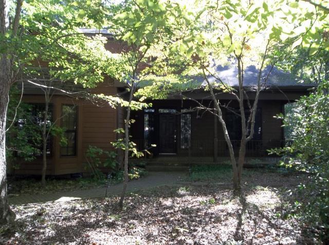 507 Cherokee Rd, Winterville, GA