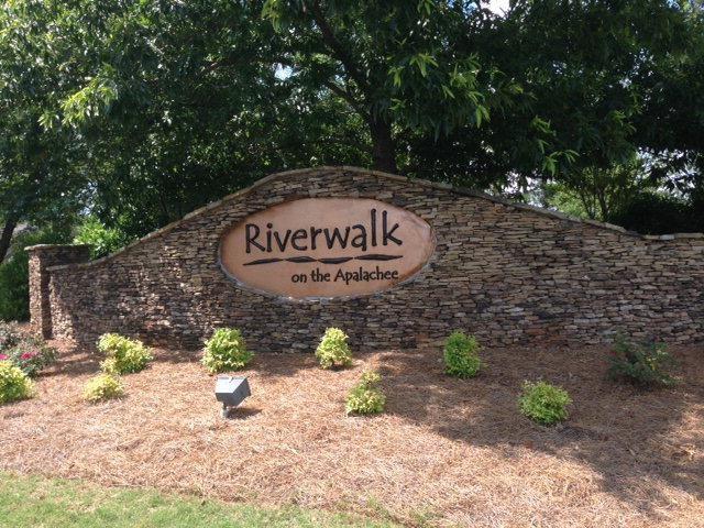 1041 Riverwalk Road, Bishop, GA 30621
