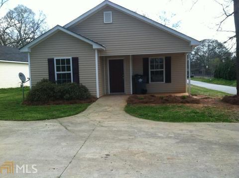 350 Elm Ave, Social Circle, GA 30025