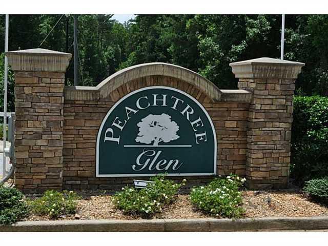 112 Peachtree Glen Dr, Ellenwood, GA 30294