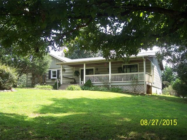 1073 Echota Rd, Clarkesville, GA