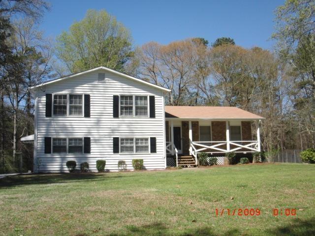 9343 Corbin Rd, Jonesboro, GA