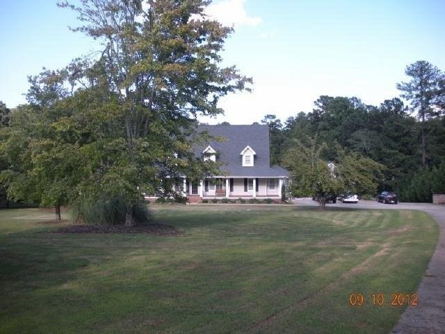 374 Corinth Church Rd, Winder, GA 30680
