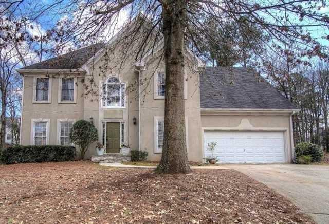 135 Hembree Grove Ct, Roswell, GA