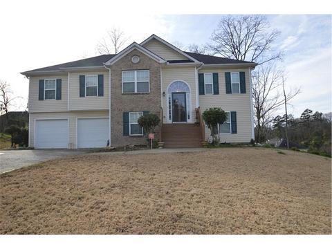 1235 Opie Ln, Lawrenceville, GA 30045