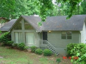2908 Lullwater Trl, Gainesville, GA 30506