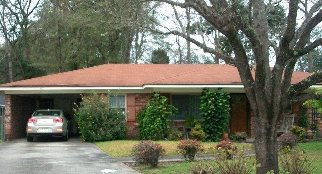 601 Maxwell St, Hinesville, GA 31313