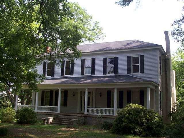 582 W Main St, Lexington, GA