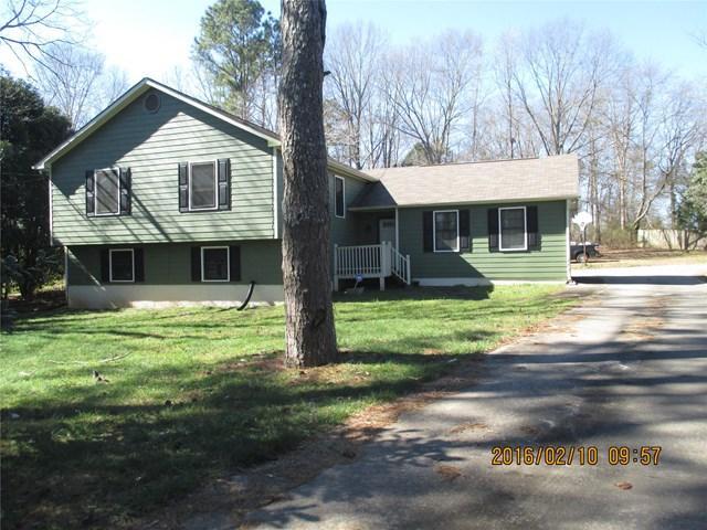 155 Woodstream, Fayetteville, GA