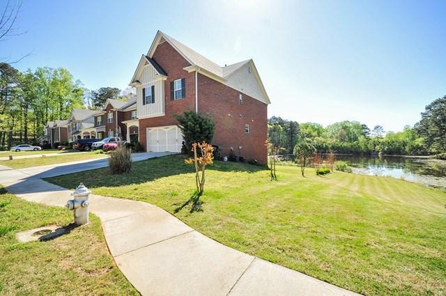 4052 Pond Edge Rd, Snellville, GA