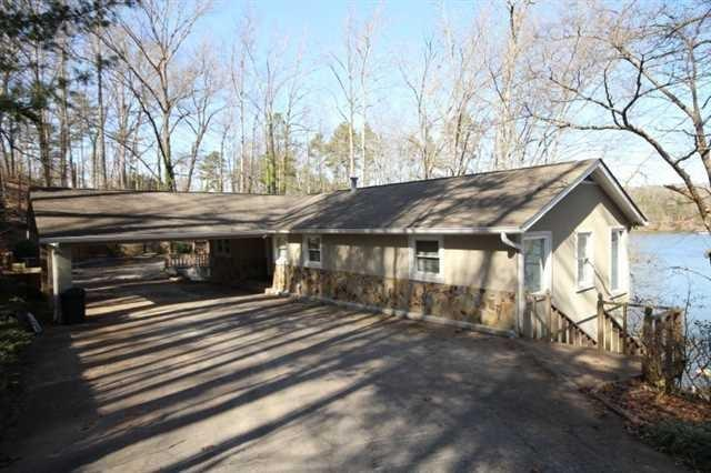 1378 Lakeshore Cir, Gainesville, GA 30501