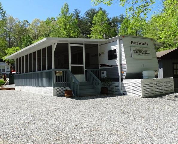 47 Campfire Dr, Cleveland, GA 30528