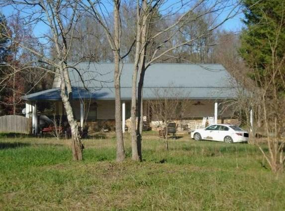 66 Gordon Rd, Taylorsville, GA