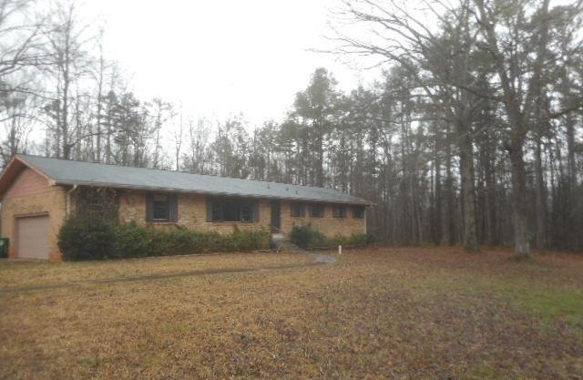 110 S Kite Lake Rd, Fayetteville, GA
