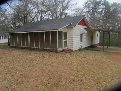 110 Washington Park Cir, Barnesville, GA 30204