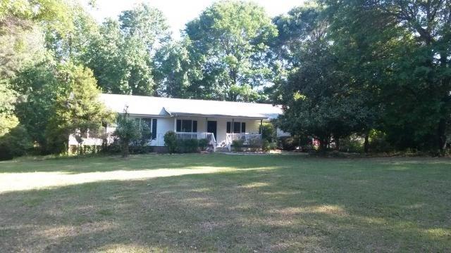 5689 Cave Springs Rd, Douglasville, GA