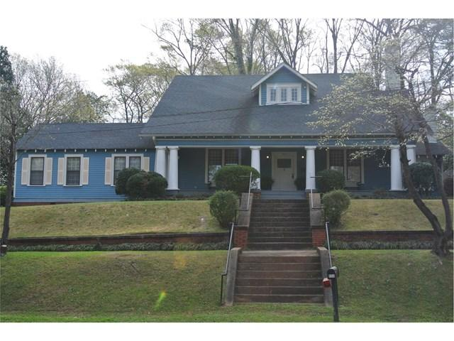 804 Ave E, West Point, GA 31833