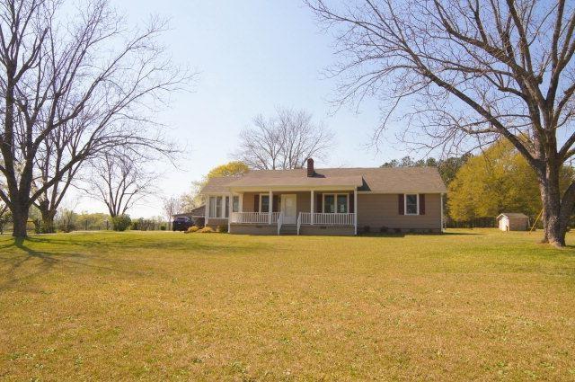 1250 Cherokee Rd, Winterville, GA
